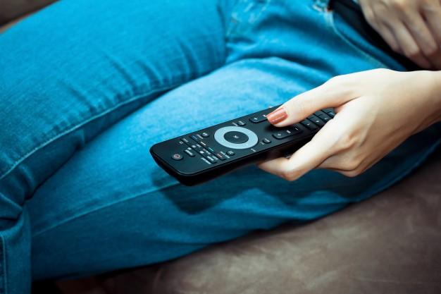 IPTV box vs smart TV